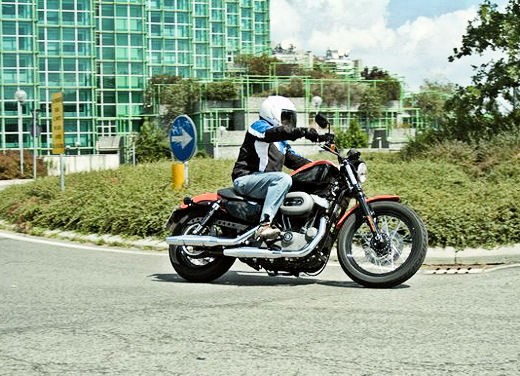 Harley-Davidson 1200 Nightster – Long Test Ride - Foto 2 di 17