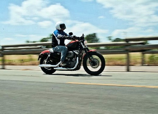 Harley-Davidson 1200 Nightster – Long Test Ride - Foto 8 di 17