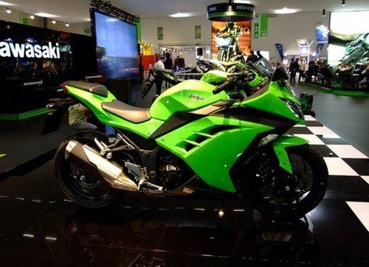 Kawasaki presenta al Motor Bike Expo l'intera gamma 2013, dalla nuova Z800 alle Ninja 636/300 - Foto 2 di 5