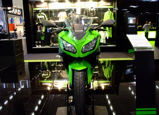 Kawasaki Ninja 300 al prezzo di 4.990 euro - Foto 5 di 37