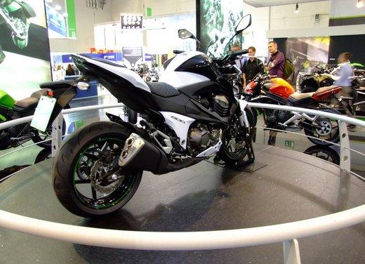 Kawasaki Z800 depotenziata a 35 kW per neopatentati - Foto 3 di 36