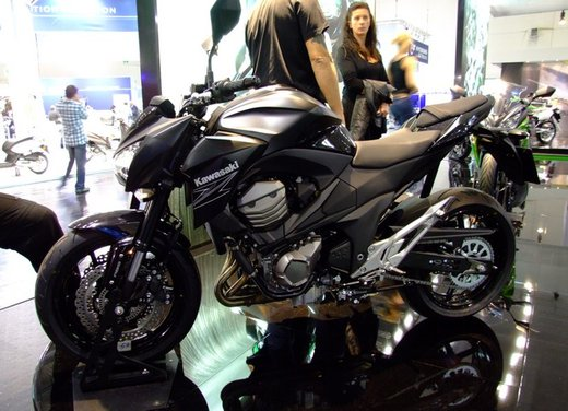 Kawasaki Z800 depotenziata a 35 kW per neopatentati - Foto 6 di 36