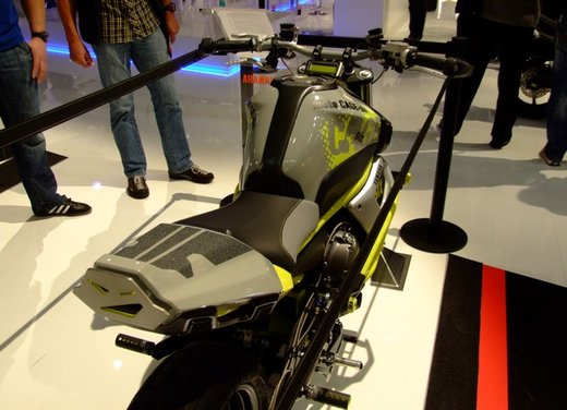 "Yamaha Concept Bike ""Moto Cage Six"" - Foto 6 di 13"