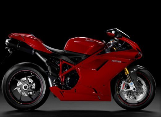 """Ducati 1198 SP """"Moto più Bella del Web 2011"""": Carlos Checa riceve il premio - Foto 8 di 11"""