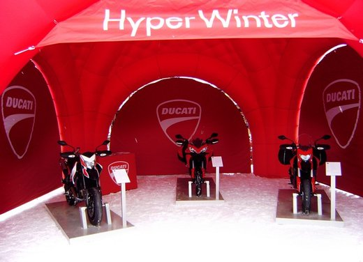 Ducati Hyperstrada, Hypermotard SP e Ducati Multistrada 1200 S Touring per l'Hyper Winter - Foto 19 di 30
