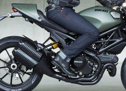 Ducati Monster Diesel nei Ducati Store - Foto 31 di 38