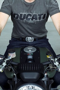 Ducati Monster Diesel nei Ducati Store - Foto 36 di 38