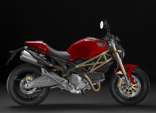 Ducati Monster: versioni, cilindrate e prezzi della leggenda di Borgo Panigale - Foto 2 di 12