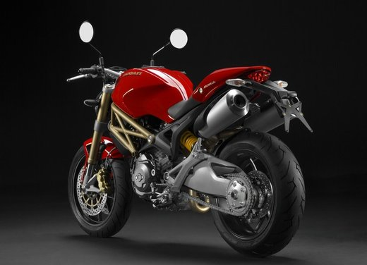 Ducati Monster: versioni, cilindrate e prezzi della leggenda di Borgo Panigale - Foto 5 di 12