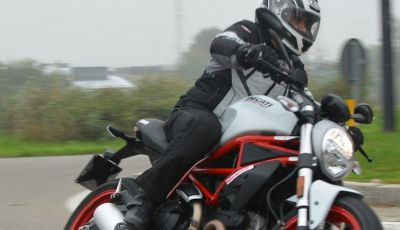 Ducati Monster 797: happy birthday Monster