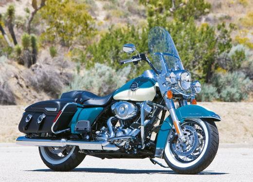 Harley Davidson FLHRC Road King Classic - Foto 7 di 7
