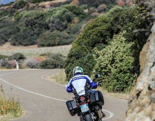 Test Honda CB 500X: divertimento e facilità immediata! - Foto 5 di 41