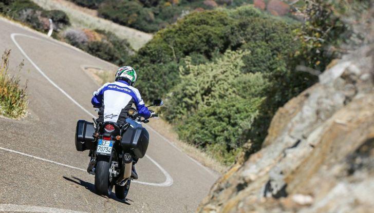 Test Honda CB 500X: divertimento e facilità immediata! - Foto 13 di 41