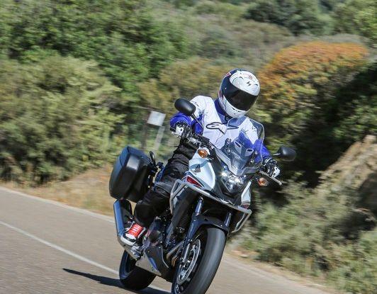 Test Honda CB 500X: divertimento e facilità immediata! - Foto 37 di 41
