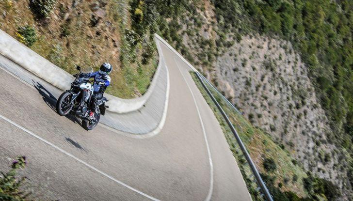Test Honda CB 500X: divertimento e facilità immediata! - Foto 4 di 41