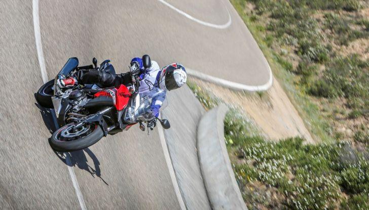 Test Honda CB 500X: divertimento e facilità immediata! - Foto 2 di 41