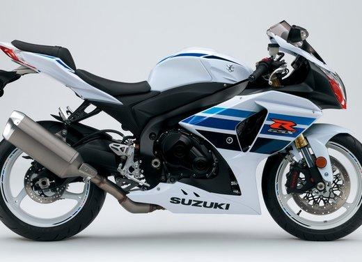 La Suzuki GSX-R1000 1million scende in pista - Foto 5 di 7