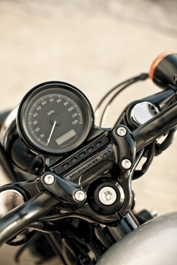 Harley-Davidson Sportster Forty-Eight - Foto 12 di 20