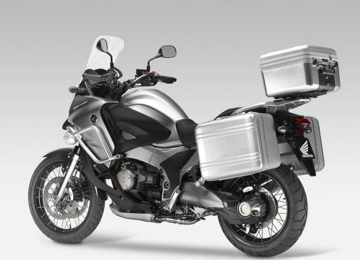 Mercato moto e scooter agosto 2012 a -16,7% - Foto 27 di 41
