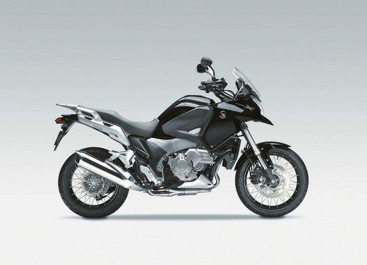 Mercato moto e scooter agosto 2012 a -16,7% - Foto 29 di 41