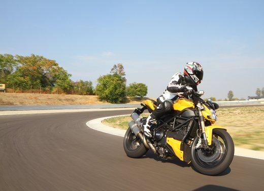 Provata la nuova Ducati Streetfighter 848 sul circuito di Modena - Foto 3 di 37