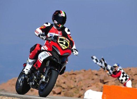 Ducati Multistrada 1200 S vince la Pikes Peak 2012 - Foto 1 di 22
