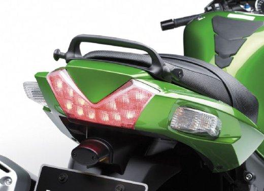 Kawasaki ZZR1400 - Foto 35 di 56