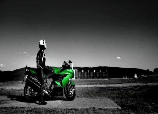 Kawasaki ZZR1400 - Foto 14 di 56