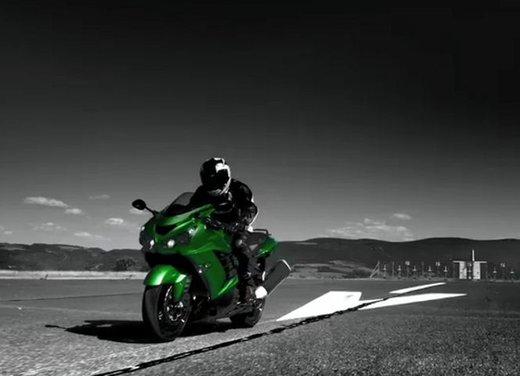 Kawasaki ZZR1400 - Foto 12 di 56