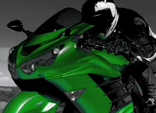 Kawasaki ZZR1400 - Foto 16 di 56