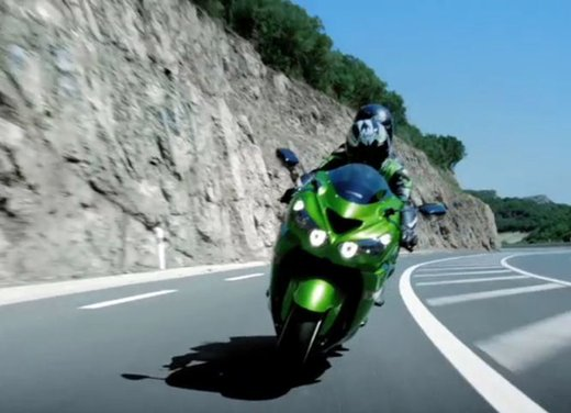 Kawasaki ZZR1400 - Foto 11 di 56