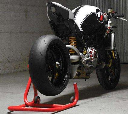 Ducati Monster MS4R concept by Paolo Tesio - Foto 7 di 17