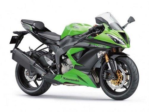 Kawasaki presenta al Motor Bike Expo l'intera gamma 2013, dalla nuova Z800 alle Ninja 636/300 - Foto 4 di 5