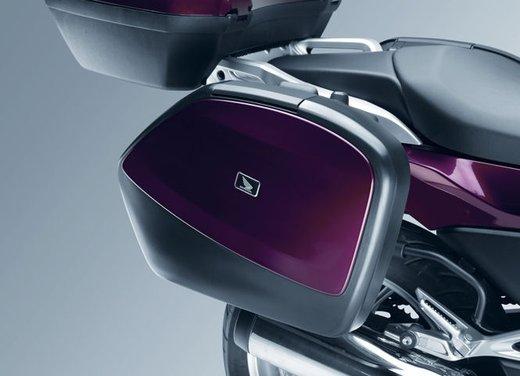 Honda Integra, compreso nel prezzo il bauletto per due caschi integrali - Foto 28 di 39