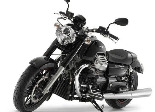 Moto Guzzi California 1400 Custom - Foto 22 di 26