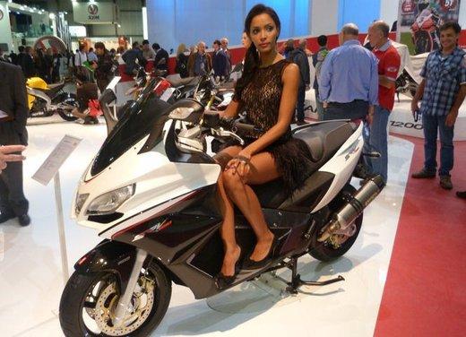 Tutte le modelle sexy di Eicma 2012 - Foto 1 di 25