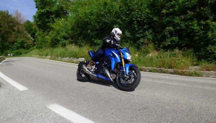 Suzuki GSX-S1000, la nostra prova: oltre il divertimento! - Foto 6 di 59