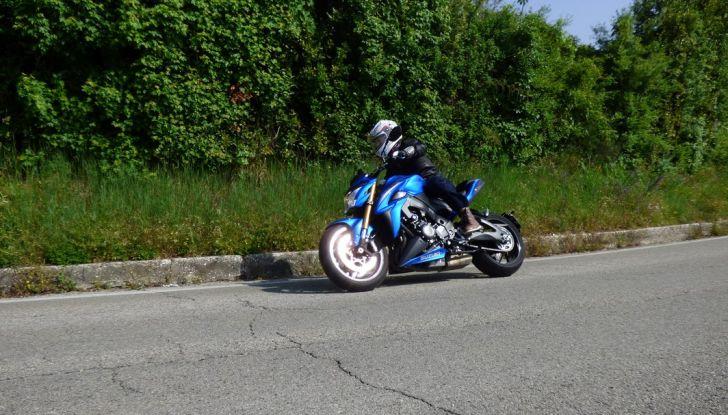Suzuki GSX-S1000, la nostra prova: oltre il divertimento! - Foto 9 di 59