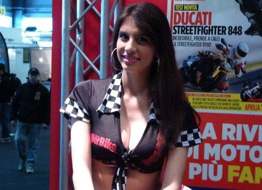 Tutte le più belle ragazze del Motor Bike Expo 2013 - Foto 3 di 16