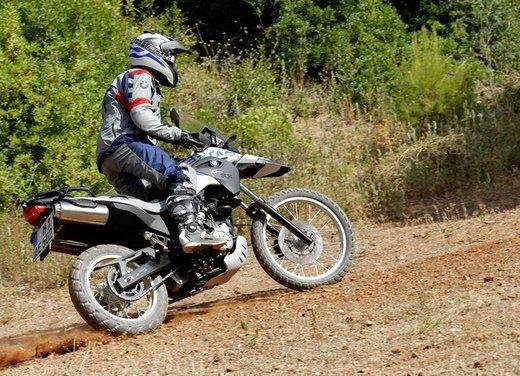 BMW G 650 GS Sertão - Foto 11 di 27