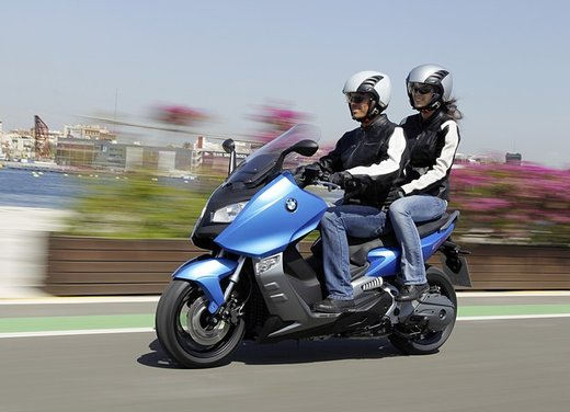 BMW C 600 Sport video ufficiale del maxi scooter sportivo BMW - Foto 65 di 81