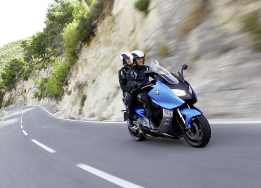 BMW C 600 Sport video ufficiale del maxi scooter sportivo BMW - Foto 44 di 81