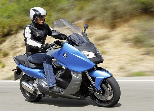 BMW C 600 Sport video ufficiale del maxi scooter sportivo BMW - Foto 38 di 81
