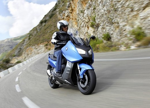 BMW C 600 Sport video ufficiale del maxi scooter sportivo BMW - Foto 37 di 81