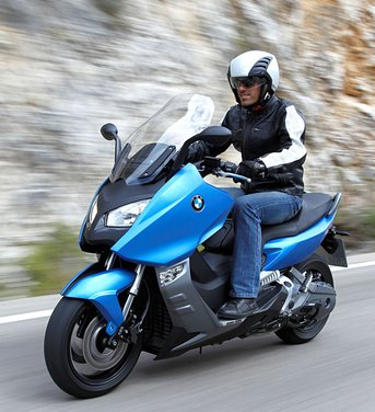 BMW C 600 Sport video ufficiale del maxi scooter sportivo BMW - Foto 79 di 81