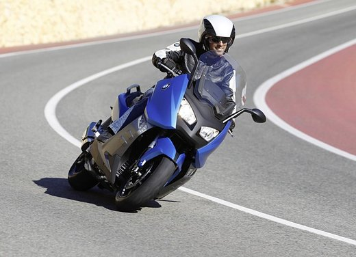 BMW C 600 Sport video ufficiale del maxi scooter sportivo BMW - Foto 43 di 81