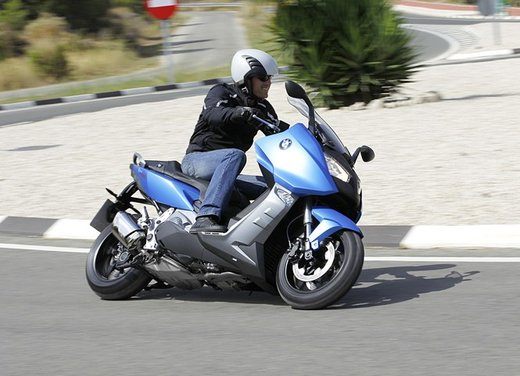 BMW C 600 Sport video ufficiale del maxi scooter sportivo BMW - Foto 48 di 81