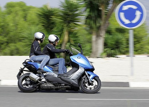 BMW C 600 Sport video ufficiale del maxi scooter sportivo BMW - Foto 47 di 81