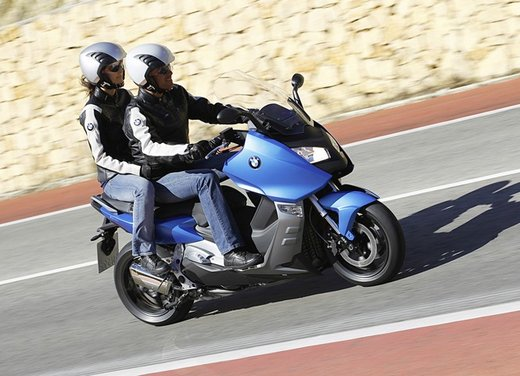 BMW C 600 Sport video ufficiale del maxi scooter sportivo BMW - Foto 42 di 81
