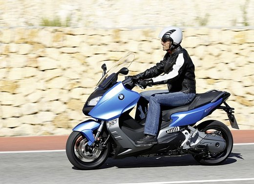 BMW C 600 Sport video ufficiale del maxi scooter sportivo BMW - Foto 41 di 81